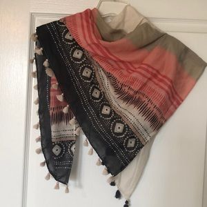 Funky lightweight scarf with tassels